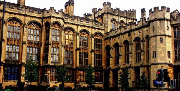 Hình ảnh   University of Bristol, Vương Quốc Anh   EasyUni